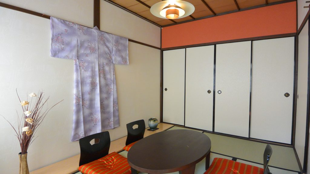 Kyoto Guesthouse room 京都 ゲストハウス 和室